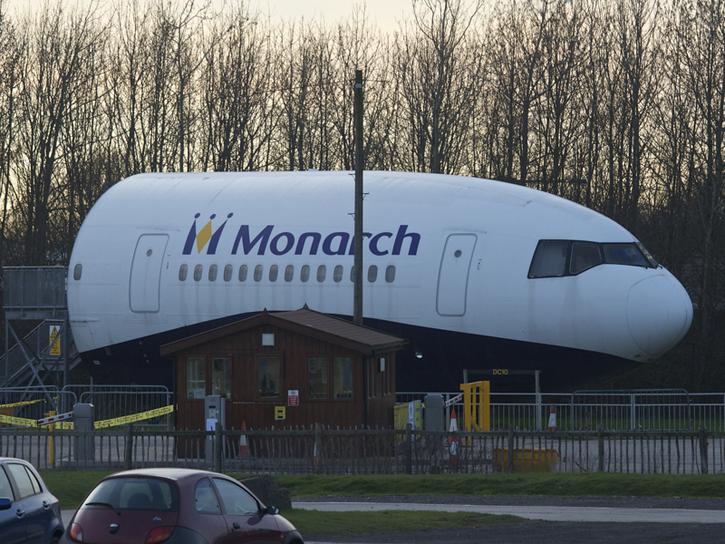 Monarch DC-10.jpg