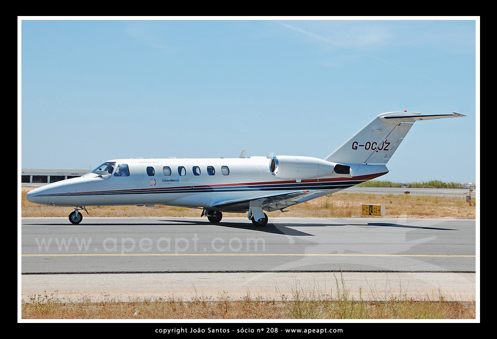 CENTRELINE AIR CHARTER CESSNA 525A CITATION CJ2 G-OCJZ.jpg