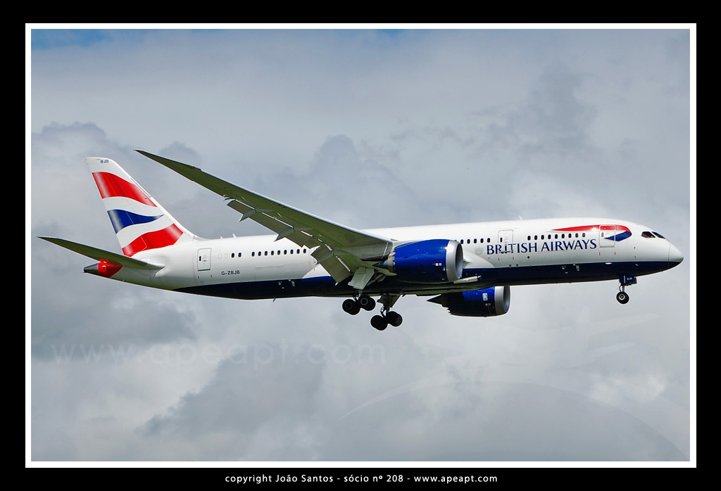 BRITISH AIRWAYS B787 G-ZBJB.jpg