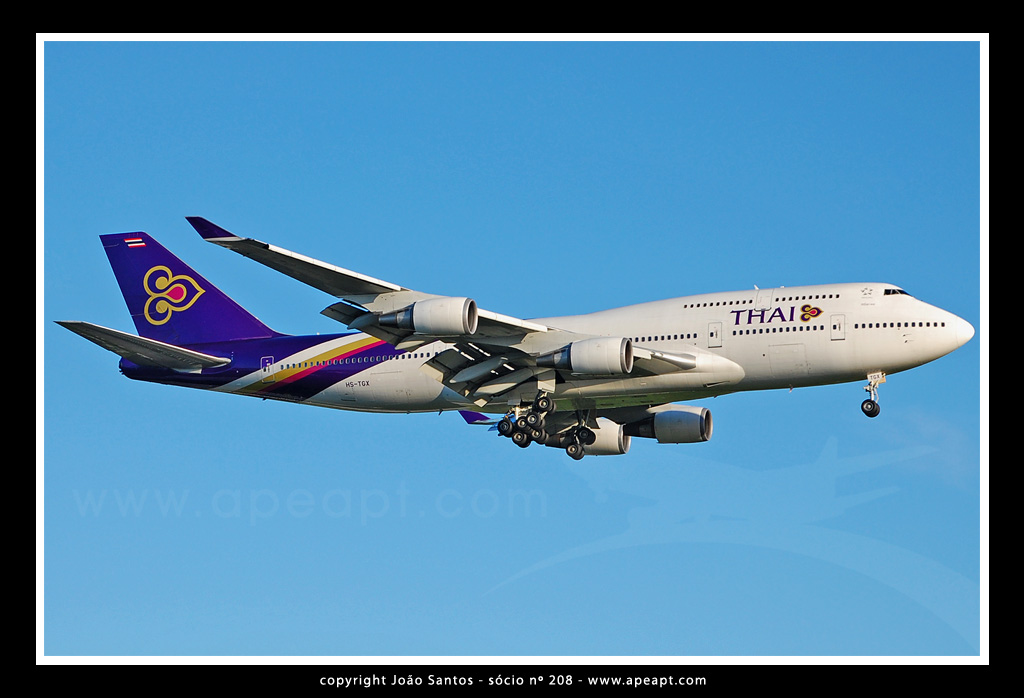 THAI AIRWAYS B747 HS-TGX.jpg
