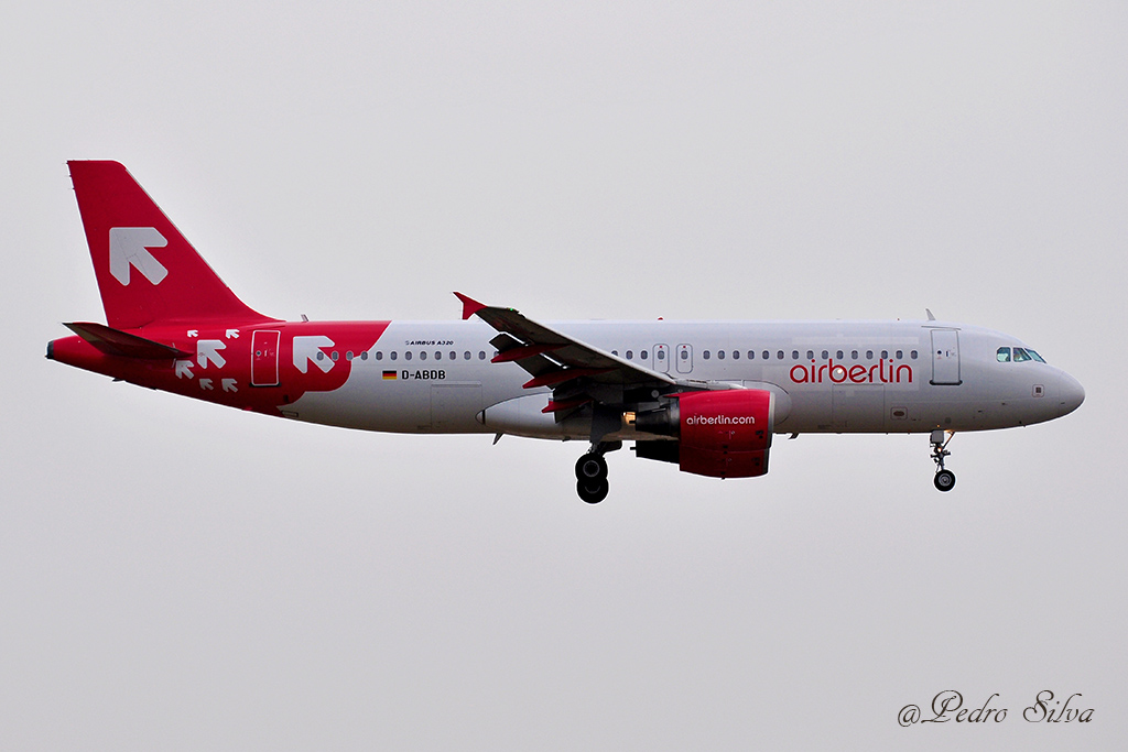 D-ABDB A320 AIR BERLIN olt_1024.jpg