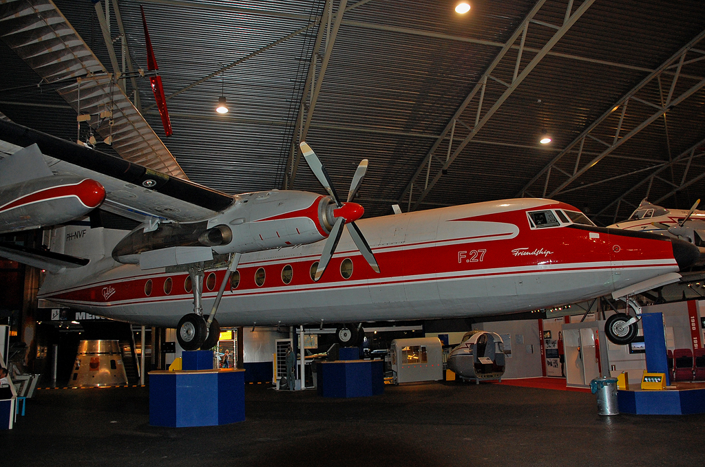 FOKKER F-27-100 FRIENDSHIP PH-NVF.jpg