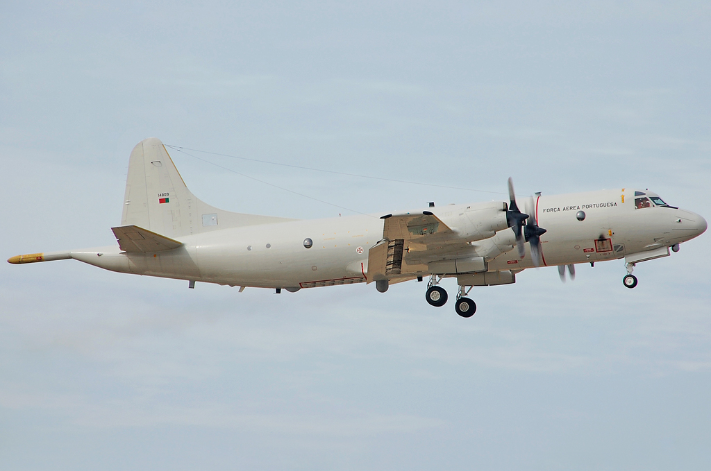 PORTUGUESE AIR FORCE LOCKHEED P-3C ORION 14809.jpg