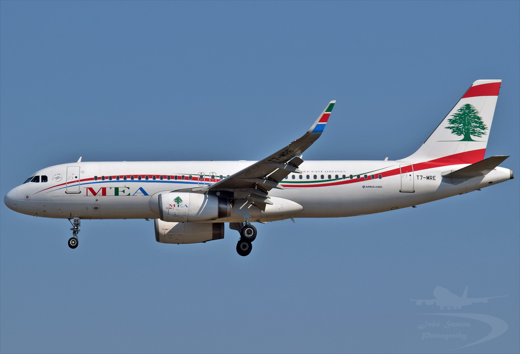 MIDDLE EAST AIRLINES  A320 T7-MRE.jpg