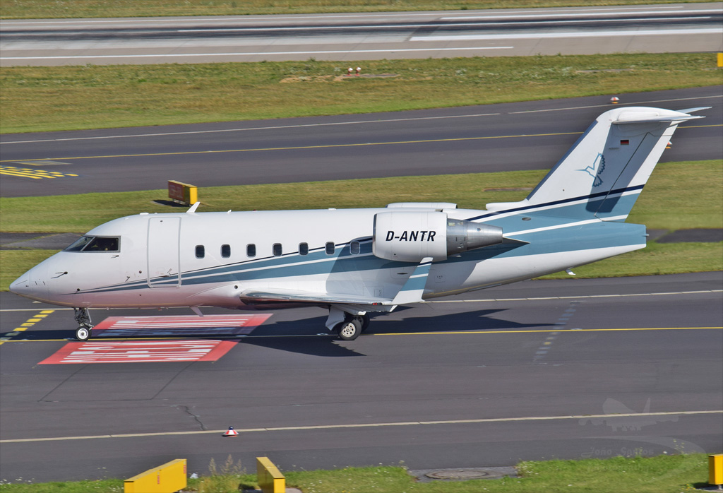 MHS AVIATION GmbhH BOMBARDIER (CANADAIR) CL-600-2B16 CHALLENGER 604 D-ANTR.jpg