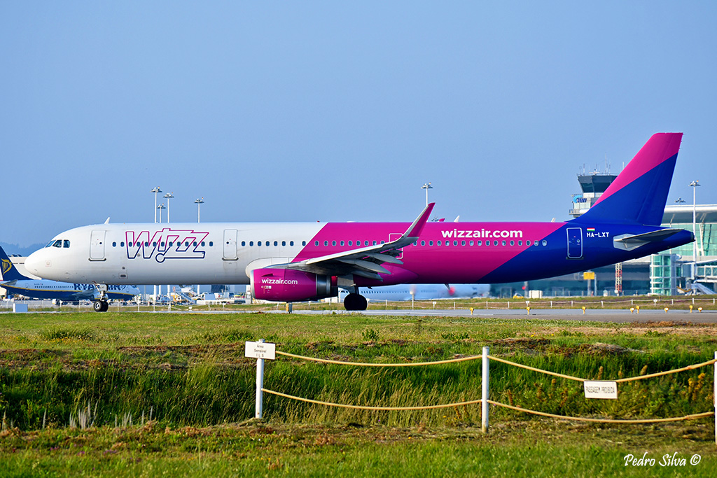 HA-LXT A321 WIZZ AIR_1024.jpg