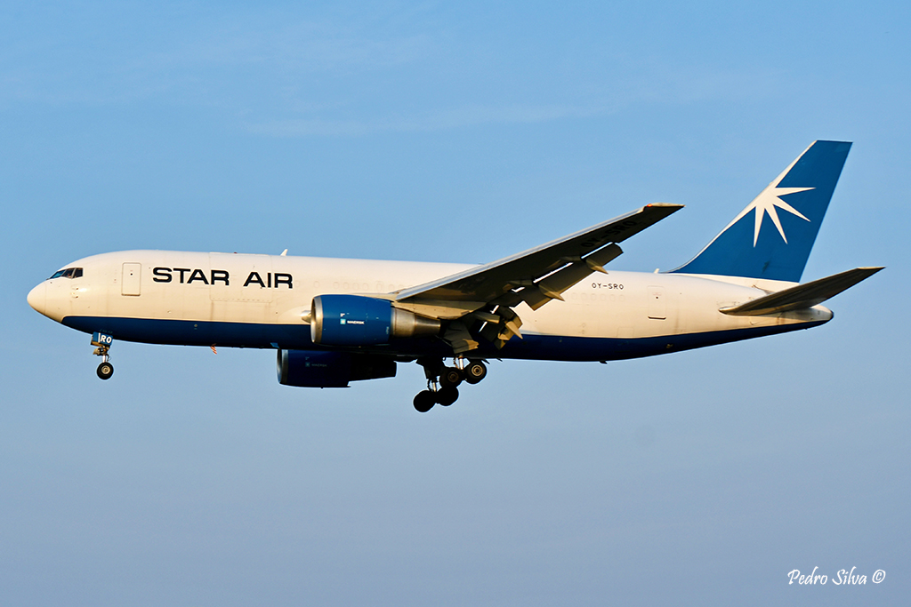 OY-SRO B767-200F STAR AIR_1024.jpg