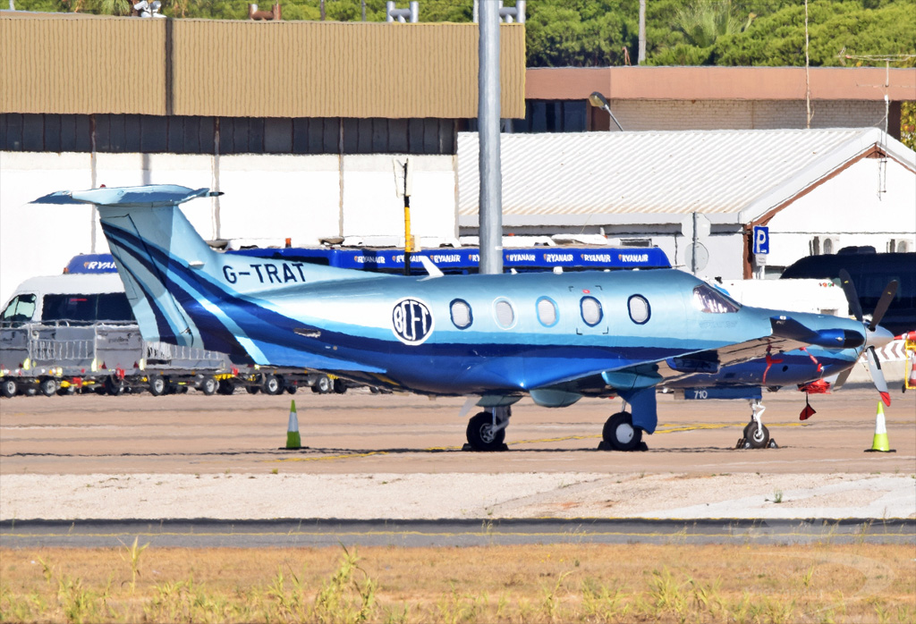 PRIVADO PILATUS PC-12 47 G-TRAT.jpg