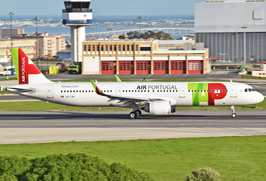 TAP PORTUGAL A321 CS-TJN.jpg